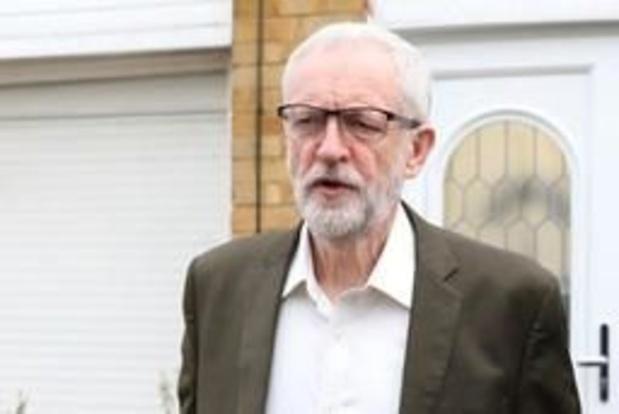 Jeremy Corbyn accepte de rencontrer Theresa May pour tenter de sortir de l'impasse