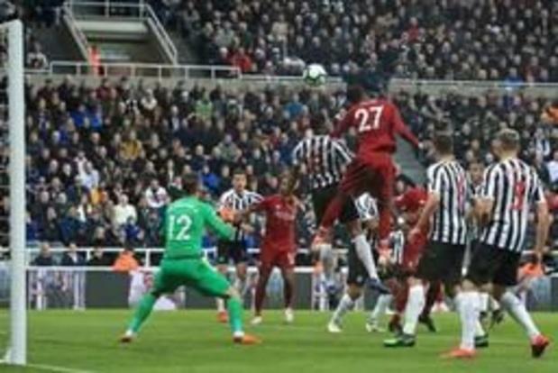 Belgen in het buitenland - Invaller Origi houdt Liverpool in de titelrace
