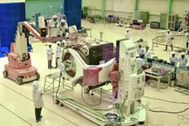 """L'Inde interrompt le lancement de la mission lunaire à cause d'un """"problème technique"""""""