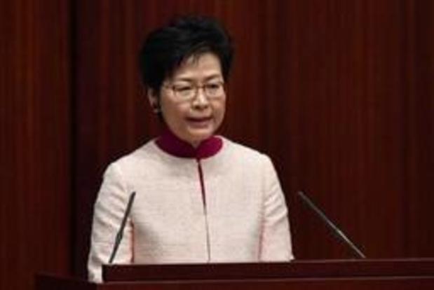 Pékin réaffirme son soutien à la dirigeante de Hong Kong, malgré les appels à la démission