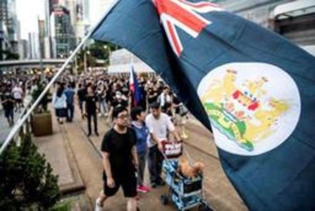 Manifestanten roepen op tot algemene staking