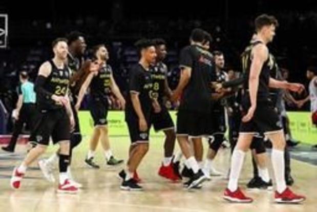 Antwerp Giants verzekert zich in eigen huis met ruime zege van derde plaats