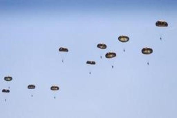 Belgische parachutisten namen deel aan massasprong in Sainte-Mère-Eglise