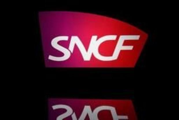 Vague de chaleur en France: la SNCF déconseille de se déplacer vendredi