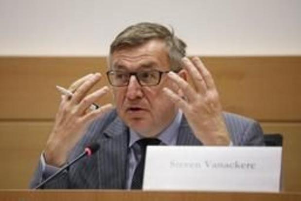 Vanackere assure qu'il n'a pas été consulté sur la libération des intérêts
