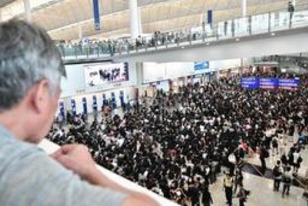 Betogers protesteren op luchthaven Hongkong