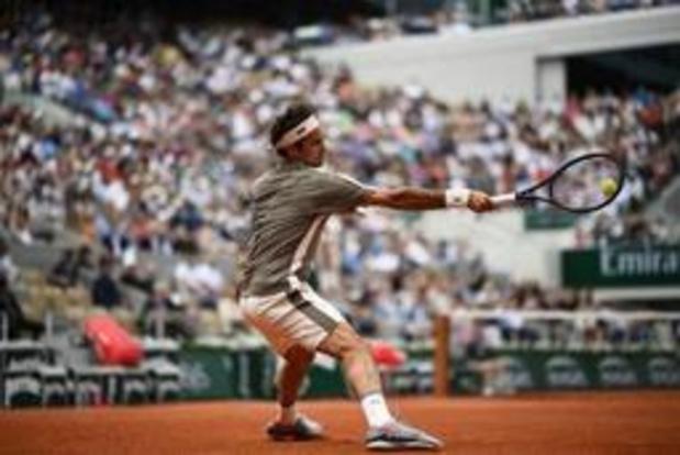 Federer toujours aussi à l'aise sur terre battue, 4 ans après sa dernière visite à Paris