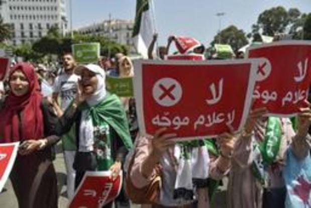 Les étudiants algériens marchent contre le régime pour la 20e semaine consécutive