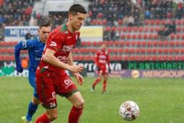 Jupiler Pro League - Cercle Brugge strikt Stef Peeters, Jordi Mboula en Yves Dabila