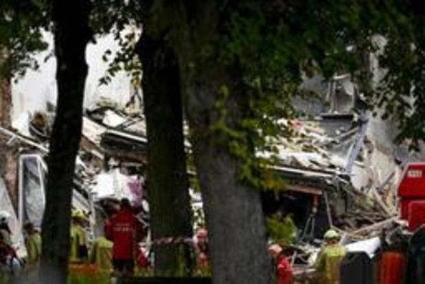 Explosie Wilrijk - Zoekactie gaat de nacht in, meeste omwonenden onder begeleiding weer naar huis