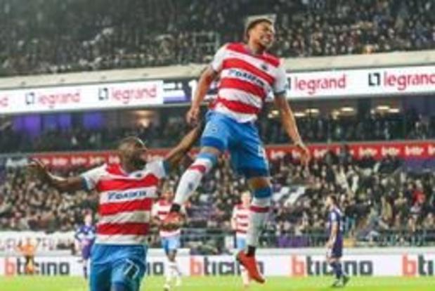 Jupiler Pro League - Club Brugge wint voor het eerst in 21 jaar in Anderlecht en nadert tot op 1 punt van Genk
