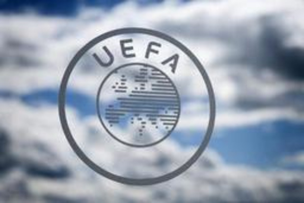 L'UEFA repousse à fin juin l'application des nouvelles règles du football