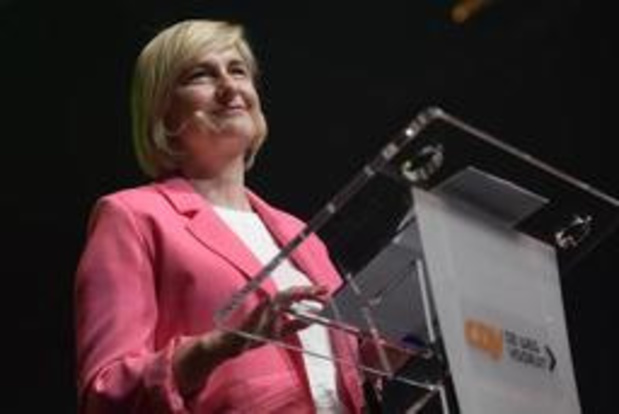 """""""Eén evidente kandidate voor het voorzitterschap bij CD&V: Hilde Crevits"""""""