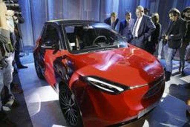 Chinese elektrische wagen rolt in 2021 van de band in Charleroi