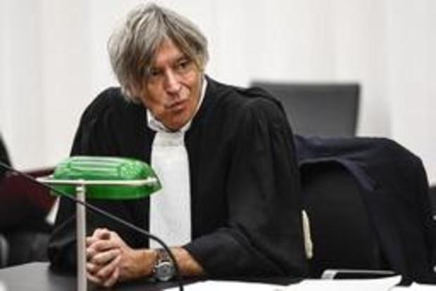 """Fraudeonderzoek Belgisch voetbal - Lokeren berust in 1B, maar dient schadeclaim in: """"De bond heeft er een zootje van gemaakt"""""""