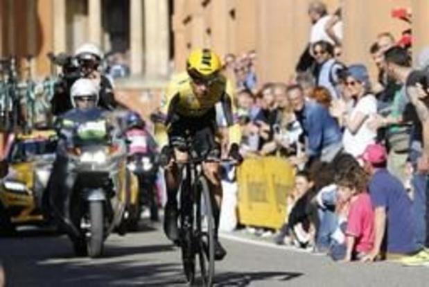 Giro - Roglic maakt favorietenrol waar in openingstijdrit