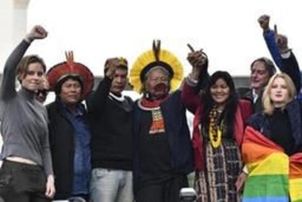 350 mensen stappen mee in voorlaatste klimaatmars Youth for Climate