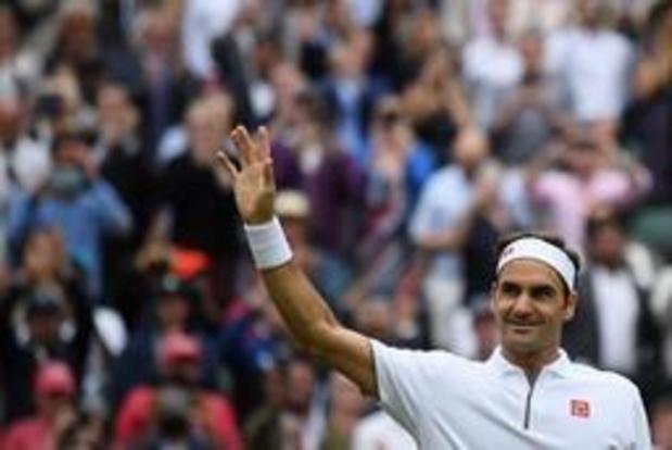 Federer voorbij kansloze Berrettini naar kwartfinale tegen Nishikori