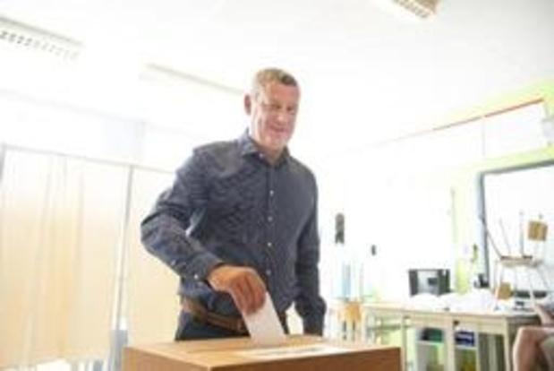 Verkiezingen Neufchateau - Dimitri Fourny (cdH) op gelijke hoogte met Yves Evrard