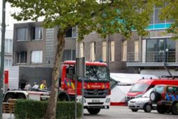 Une minute de silence à la caserne de Bruxelles en hommage aux pompiers de Beringen