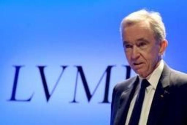 """Bernard Arnault """"verbijsterd"""" over kritiek op donaties"""