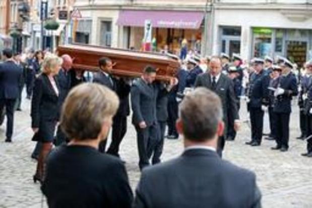 De nombreuses personnalités ont assisté aux funérailles d'Etat d'Armand De Decker