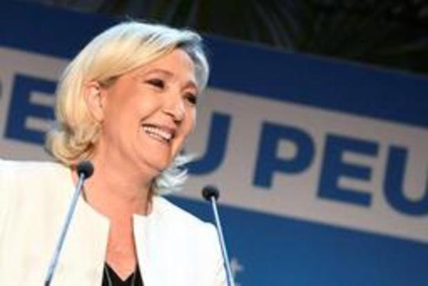 Rassemblement national van Le Pen verslaat partij van president Macron met 0,9 procent