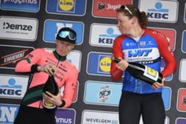 BeNe Ladies Tour - Lorena Wiebes wint slotetappe, Lisa Klein is de eindwinnares