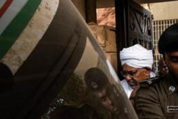 Crisis Soedan: Al-Bashir naar parket gebracht