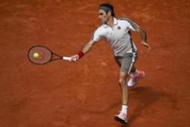 Federer poussé au tie break mais qualifié pour les 8e de finale à Roland-Garros