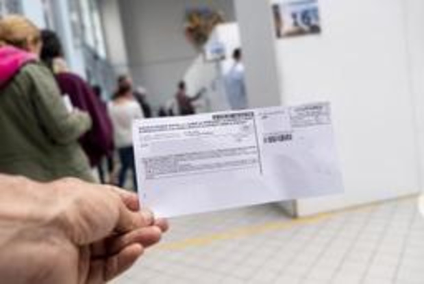 Stemonthoudingen stabiel op Vlaams en federaal niveau