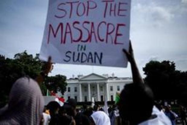 """Crisis Soedan - Politie gebruikt traangas tegen manifestanten op eerste dag """"burgerlijke ongehoorzaamheid"""""""