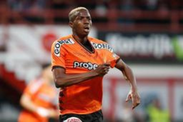 Victor Osimhen quitte Charleroi pour Lille