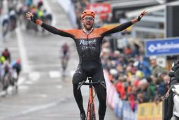 Jan-Willem van Schip blijft jagende peloton voor in openingsrit Baloise Belgium Tour