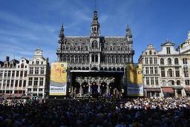 Grote Markt loopt stilaan vol voor ploegenvoorstelling Tour de France