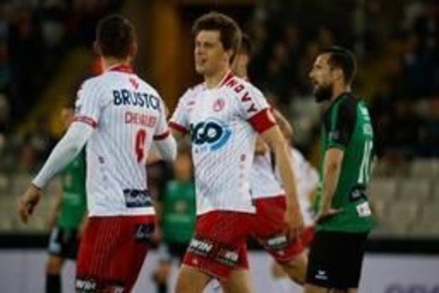 Jupiler Pro League - Van der Bruggen loodst KV Kortrijk voorbij Cercle Brugge