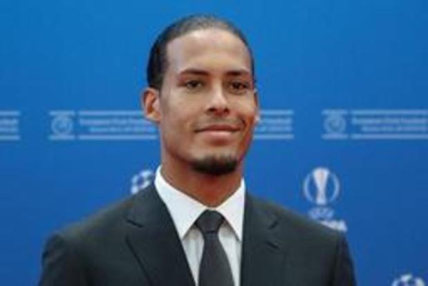 Virgil van Dijk krijgt prijs voor Speler van het Jaar in Champions League