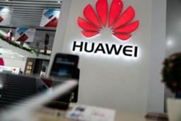 """Le fondateur de Huawei juge que les USA """"sous-estiment"""" son groupe"""