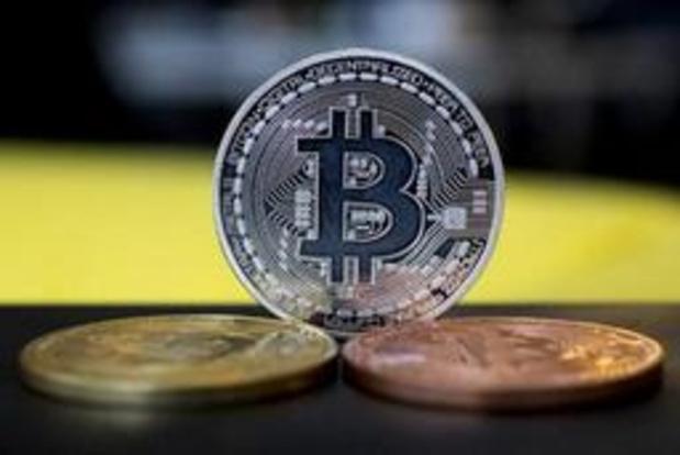 Fuite, toutes générations confondues, vers l'or et le bitcoin