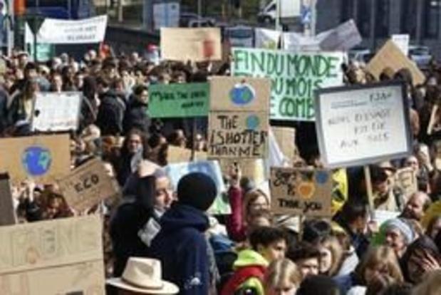 1.100 manifestants à Bruxelles, soutenus par plusieurs recteurs d'universités