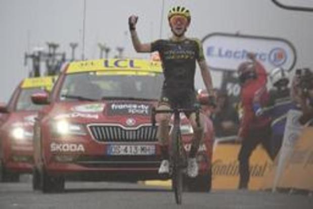 Tour de France - Alaphilippe verliest pluimen maar geen geel, Yates pakt tweede ritwinst