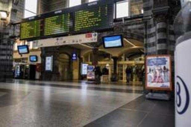 NMBS knipt in openingsuren van de loketten in 50-tal stations