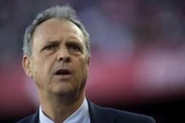 Primera Division - Sevilla-coach Joaquin Caparros heeft leukemie, maar blijft op post