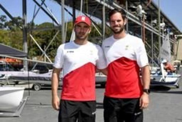 WB zeilen - Yannick Lefèbvre en Tom Pelsmaekers starten in Genoa met vijfde plaats in 49'er