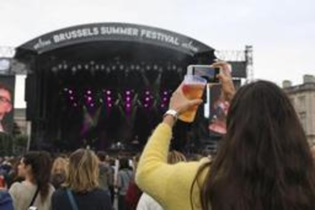 Brussels Summer Festival: Christine and the Queens succes van eerste dag
