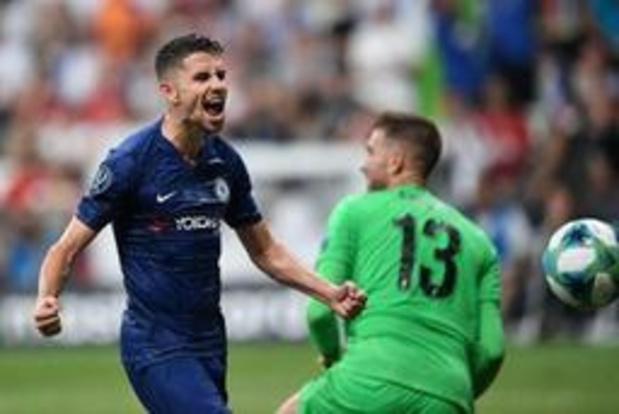 Tweede doelman Adrian komt niet ongeschonden uit winst in Europese Supercup