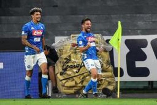 Belgen in het buitenland - Napoli en Mertens hebben geen medelijden met Liverpool