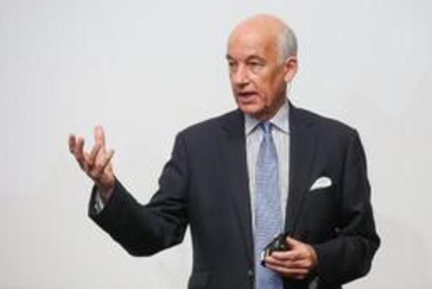 Une nouvelle structure pour le département arbitrage et un nouveau patron, l'Anglais David Elleray