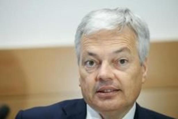 """Minister Reynders veroordeelt """"daden van haat"""" op Sri Lanka"""