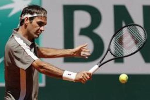 Federer bereikt zonder setverlies kwartfinales